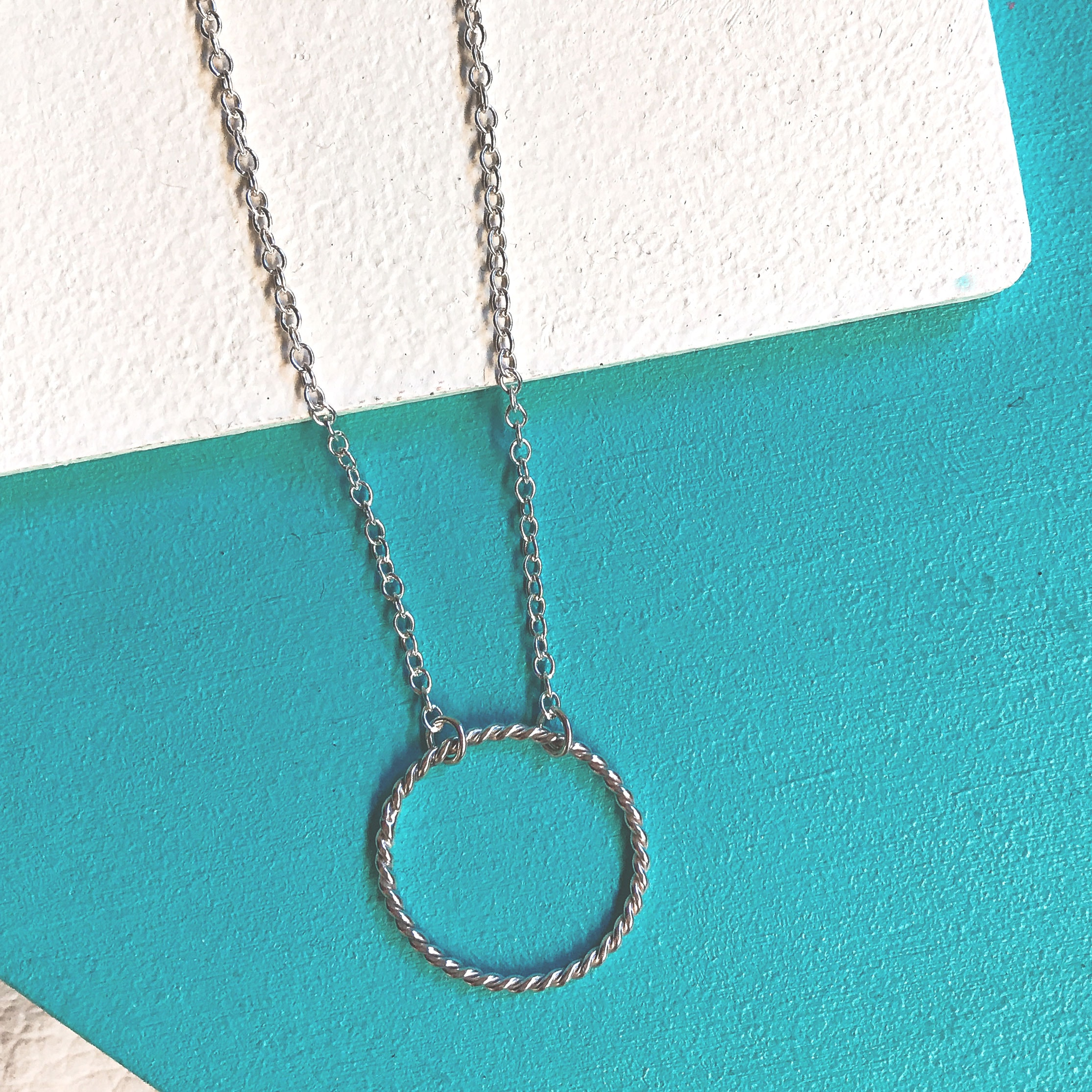twisted_necklace_silver_1